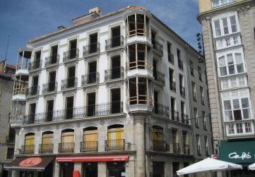 fachada lateral calle Herrería
