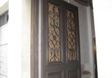 Rehabilitación puerta de la entrada