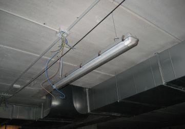 Luminarias en garaje