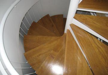 Colocación pisas escaleras interiores