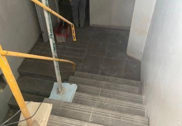 PELDAÑEADO ESCALERAS ACCESO SÓTANO