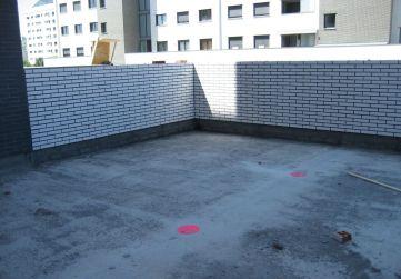 LCV en peto terraza Planta 1º