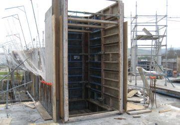 Encofrado pantalla ascensor Planta 1º P-2