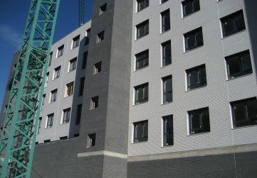 Carpintería exterior y acristalamiento fachada posterior