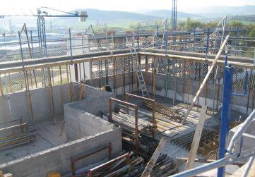 Trabajos de estructura en planta de cubierta